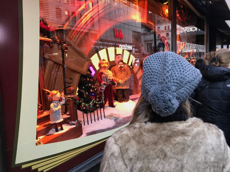 macys christmas window