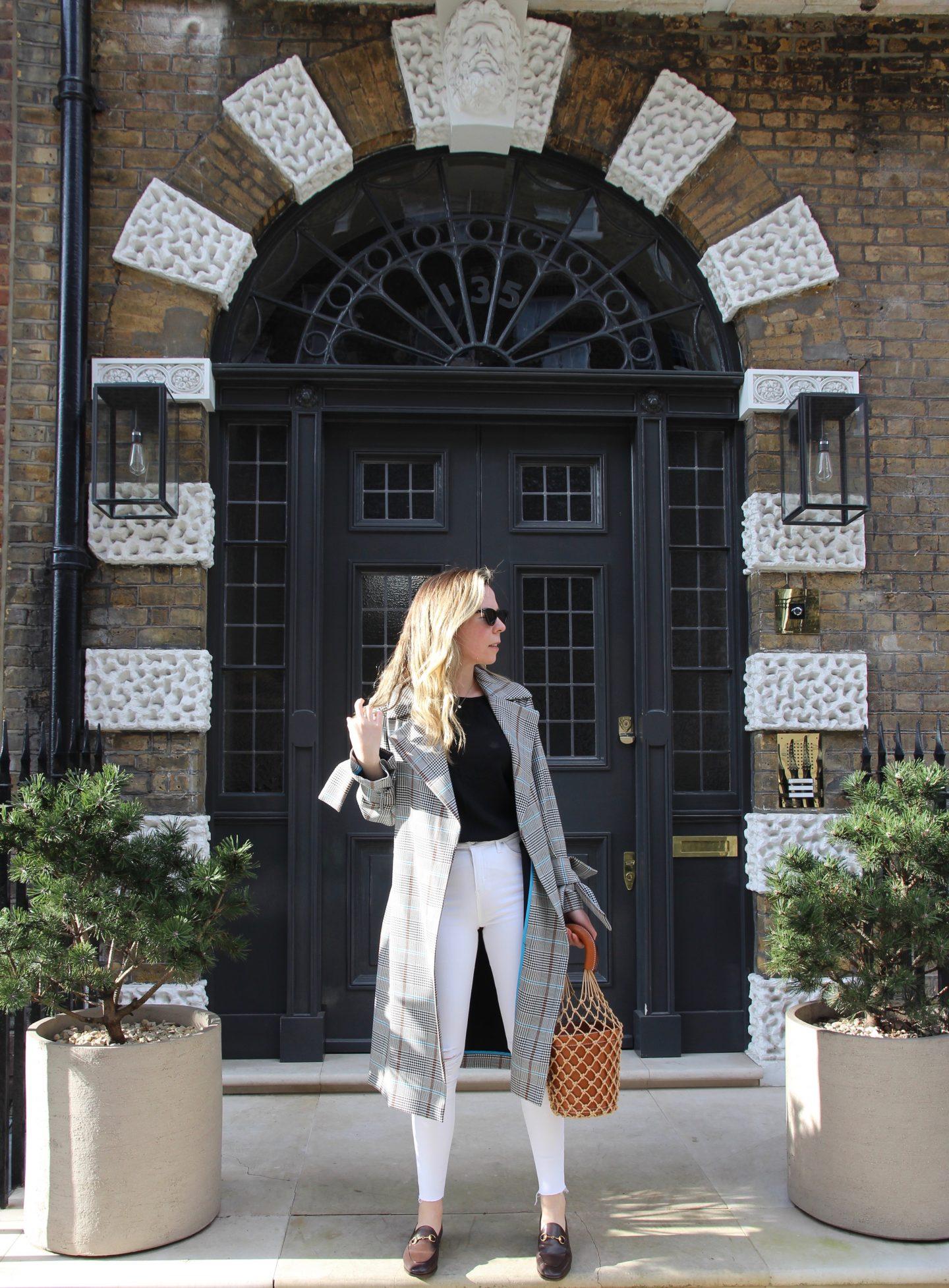 White Jamie Topshop Jeans and Brown Staud Bucket Bag